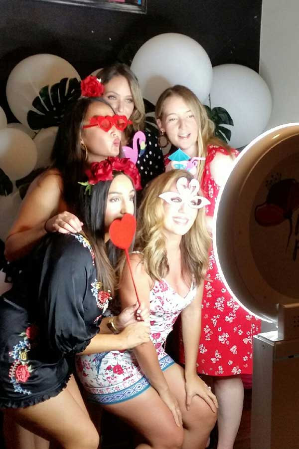 selfie photobooth hire melbourne